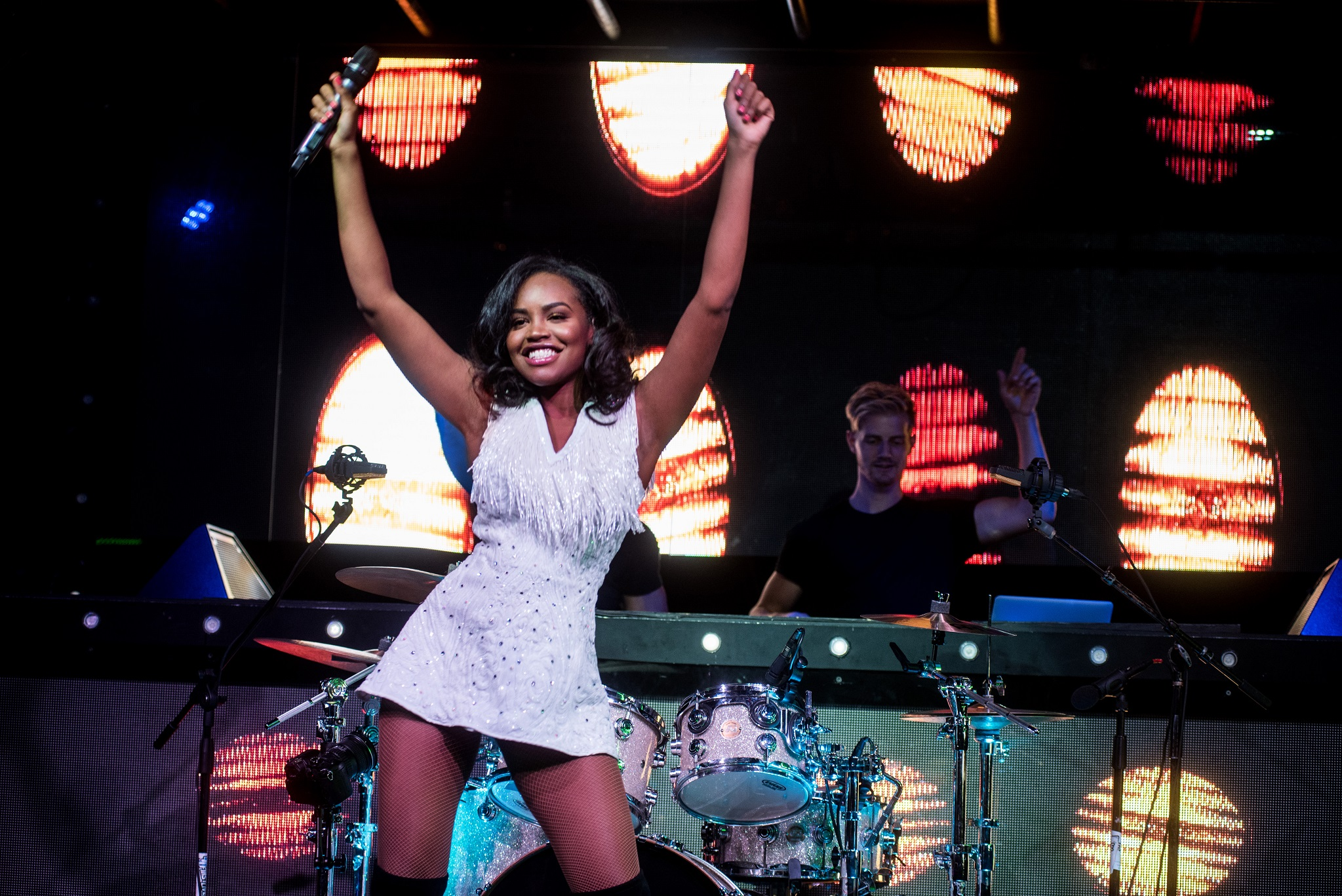 Glorious-Singer-Livetronica Drummer-Producer-Songwriter-Marquee-Nightclub-Video-New York-NY-2lr.jpg