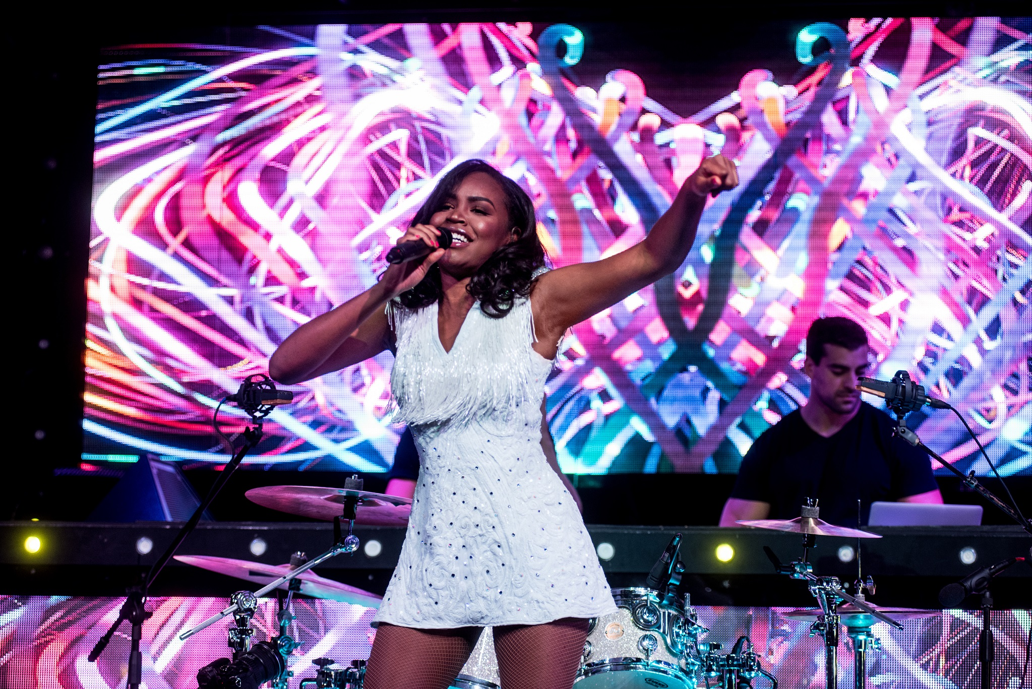 Glorious-Singer-Livetronica Drummer-Producer-Songwriter-Marquee-Nightclub-Video-New York-NY-13lr.jpg