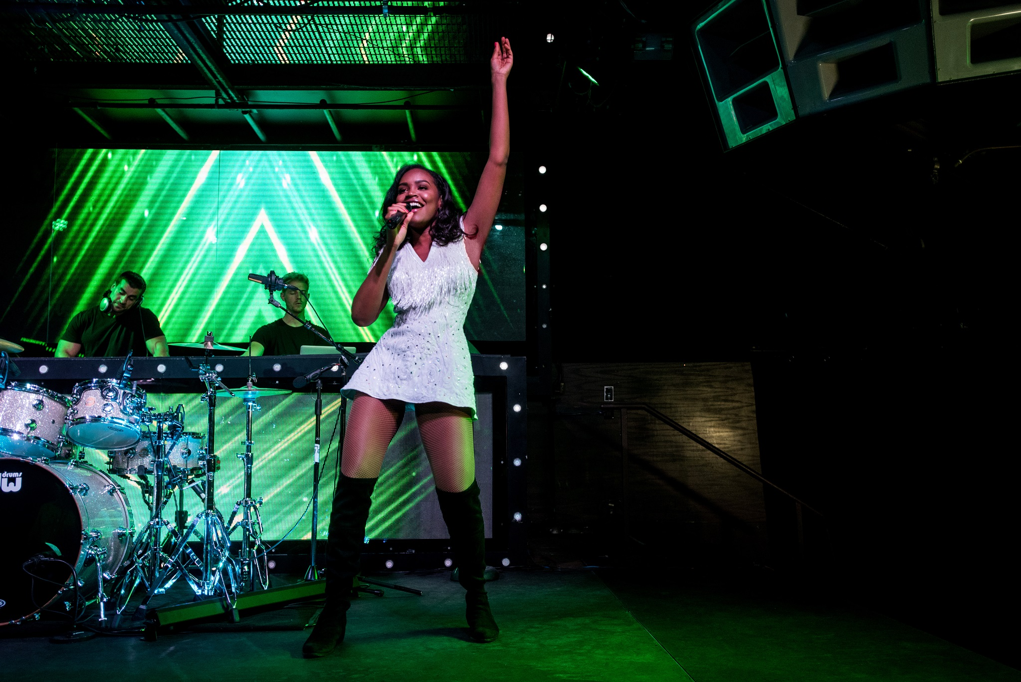 Glorious-Singer-Livetronica Drummer-Producer-Songwriter-Marquee-Nightclub-Video-New York-NY-32lr.jpg