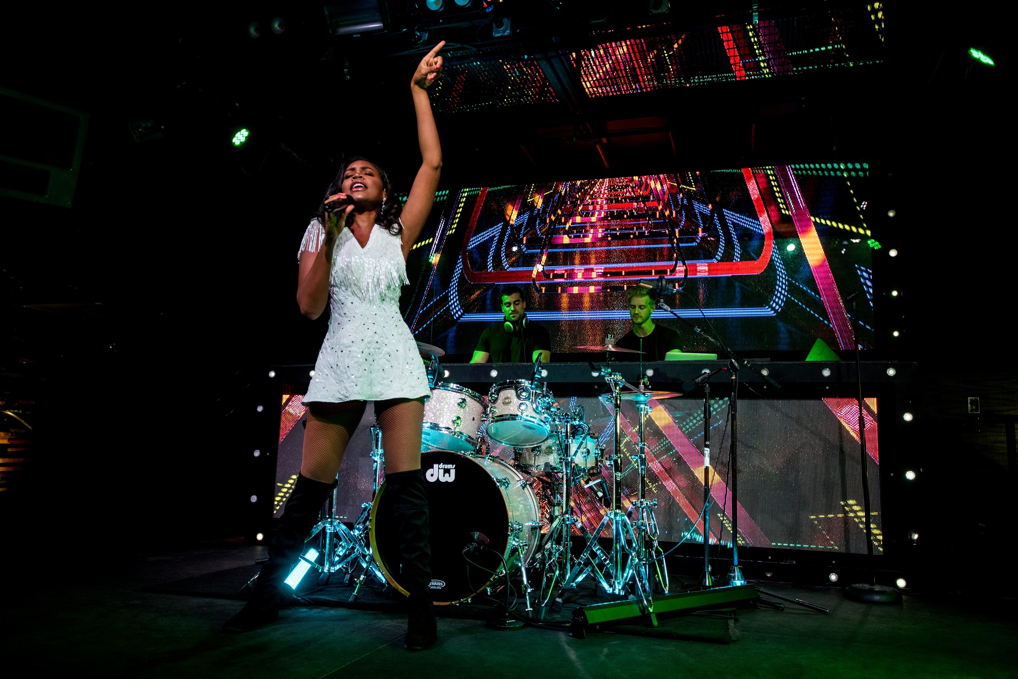 Glorious-Singer-Livetronica Drummer-Producer-Songwriter-Marquee-Nightclub-Video-New York-NY-33lr.jpg