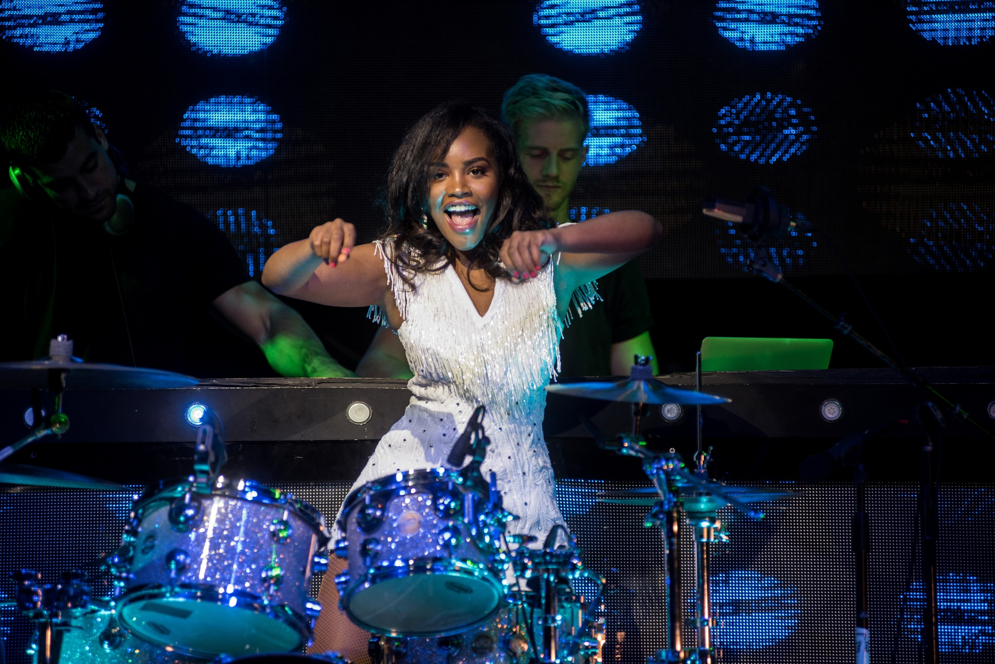 Glorious-Singer-Livetronica Drummer-Producer-Songwriter-Marquee-Nightclub-Video-New York-NY-45lr.jpg