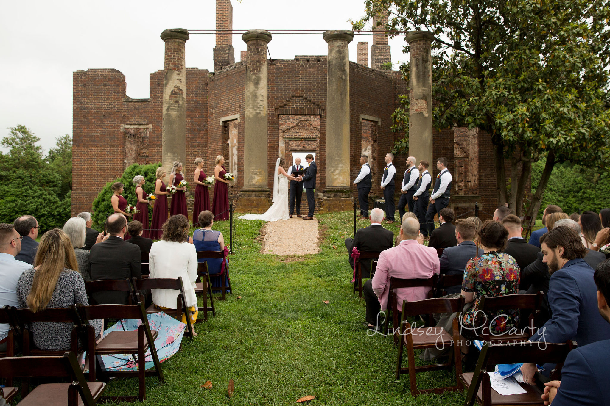 Lindsey McCarty Photography | Barboursville Wedding | Barboursville Vineyards | Barboursville Ruins | Barboursville Ruins Wedding