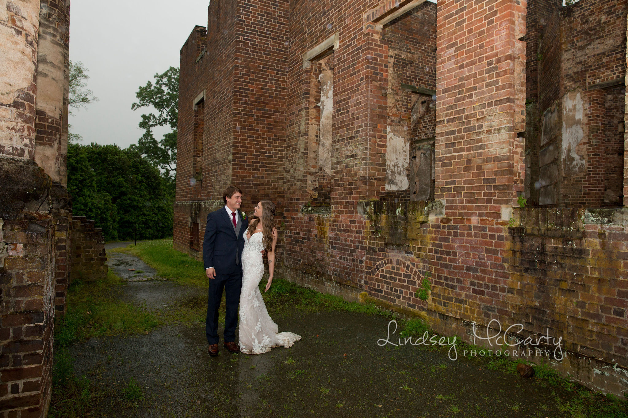 Lindsey McCarty Photography | Barboursville Wedding | Barboursville Vineyards | Barboursville Ruins | Barboursville Ruins Wedding | Virginia Wedding Photographer