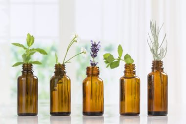 01_essentialoils_Essential-Oils-For-Anxiety-What-You-Need-to-Know_461827699_JPC-PROD-380x254.jpg