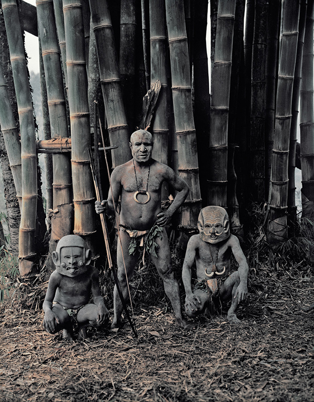 Legend has it that the Mudmen were forced to flee from an enemy into the Asaro River where they waited until dusk to escape. The enemy saw them rise from the banks covered in mud and thought they were spirits. The Asaro still apply mud and masks to keep the illusion alive and terrify other tribes.