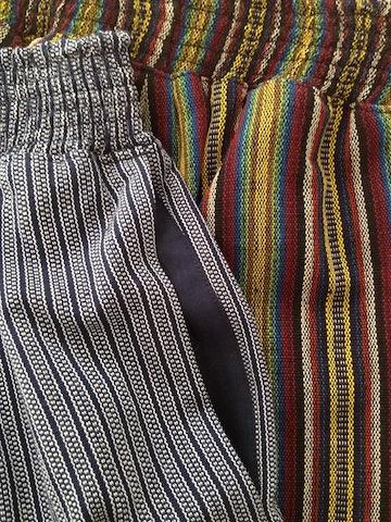 on-seam pockets on pants