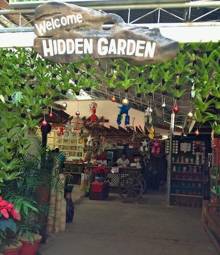 Lunch at Lilong & Lilang Retaurant in the Hidden Garden