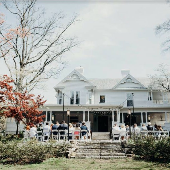 This week's wedding crush goes out to our friends at @onritchiehill . The property is beautiful and @sydneyrhyne, the venue manager, is great to work with! If you're considering a quaint or romantic wedding, @onritchiehill should be at the top of your list of venues to check out!  Photo cred: @boonetownstory  Planning & Design: @bestdayeverstudios  Catering: @qc_catering  Cake: @suarezbakery  Flowers: @bookoutblooms  Music: @simscarey  Rentals: @cwc_concordweddingcenter  #bestdayever #charlotteweddingplanner #charlotteweddings #charlottewedding #ncweddings #carolinabride #weddingplanner #ncweddingplanner #charlotteweddingvenue #weddinginspiration #weddingdesign #southernweddingplanner #southernbride #ncwedding #carolinawedding #eventplanner #northcarolinabride