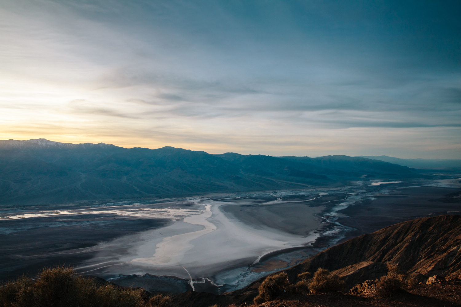 Helynn_Ospina_Travel_Death_Valley_California_01737-18.jpg