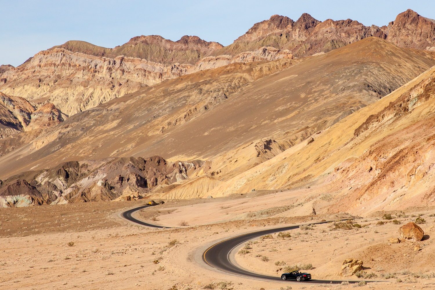 Helynn_Ospina_Travel_Death_Valley_California_01749-18.jpg