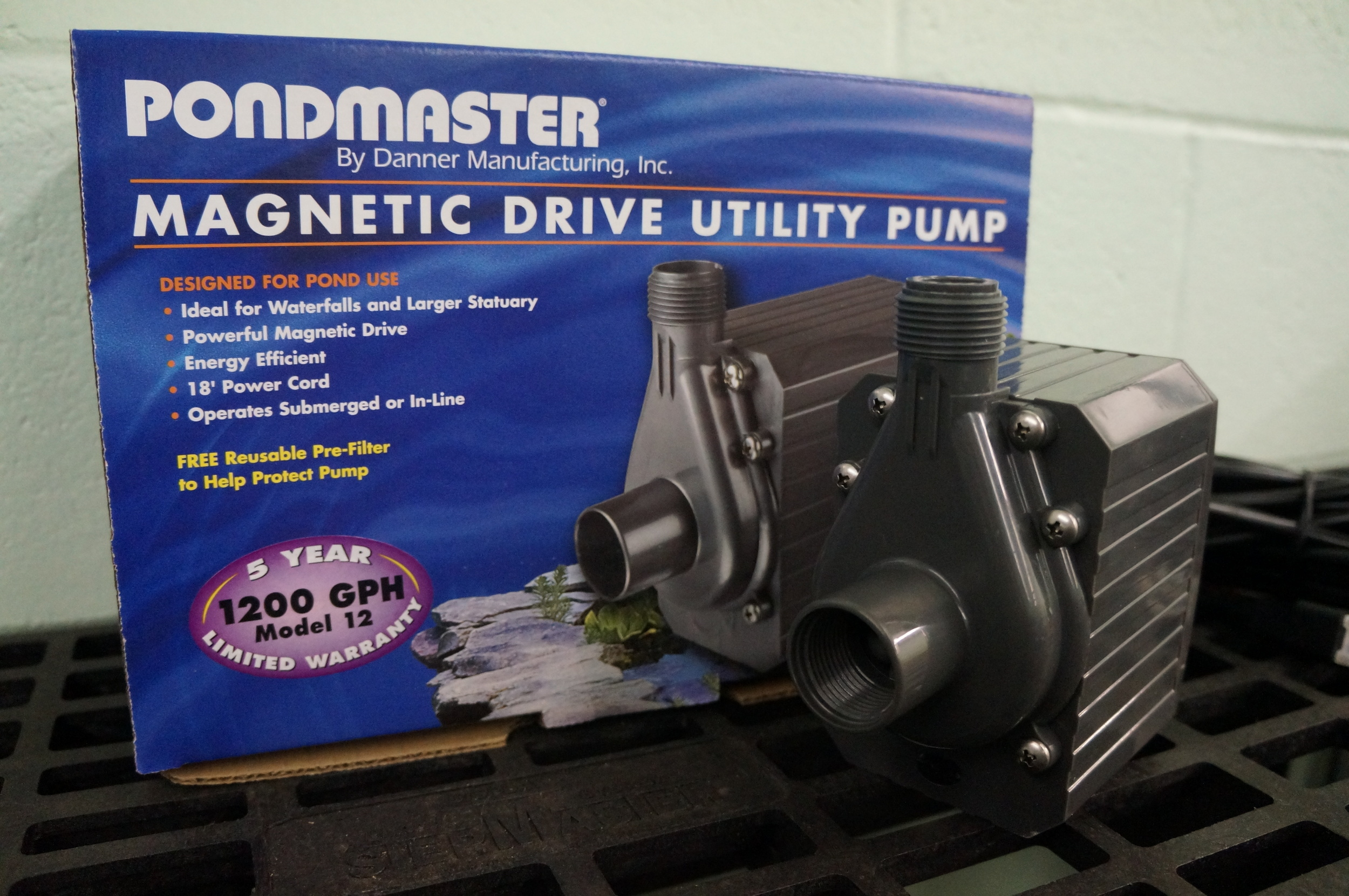 Mag Drive 1200 GPH Pump | Mag Drive 1800 GPH Pump & 2400 GPH Pump (not photographed)