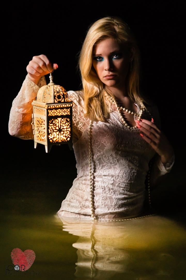 Kate-bridal-lake-2.jpg