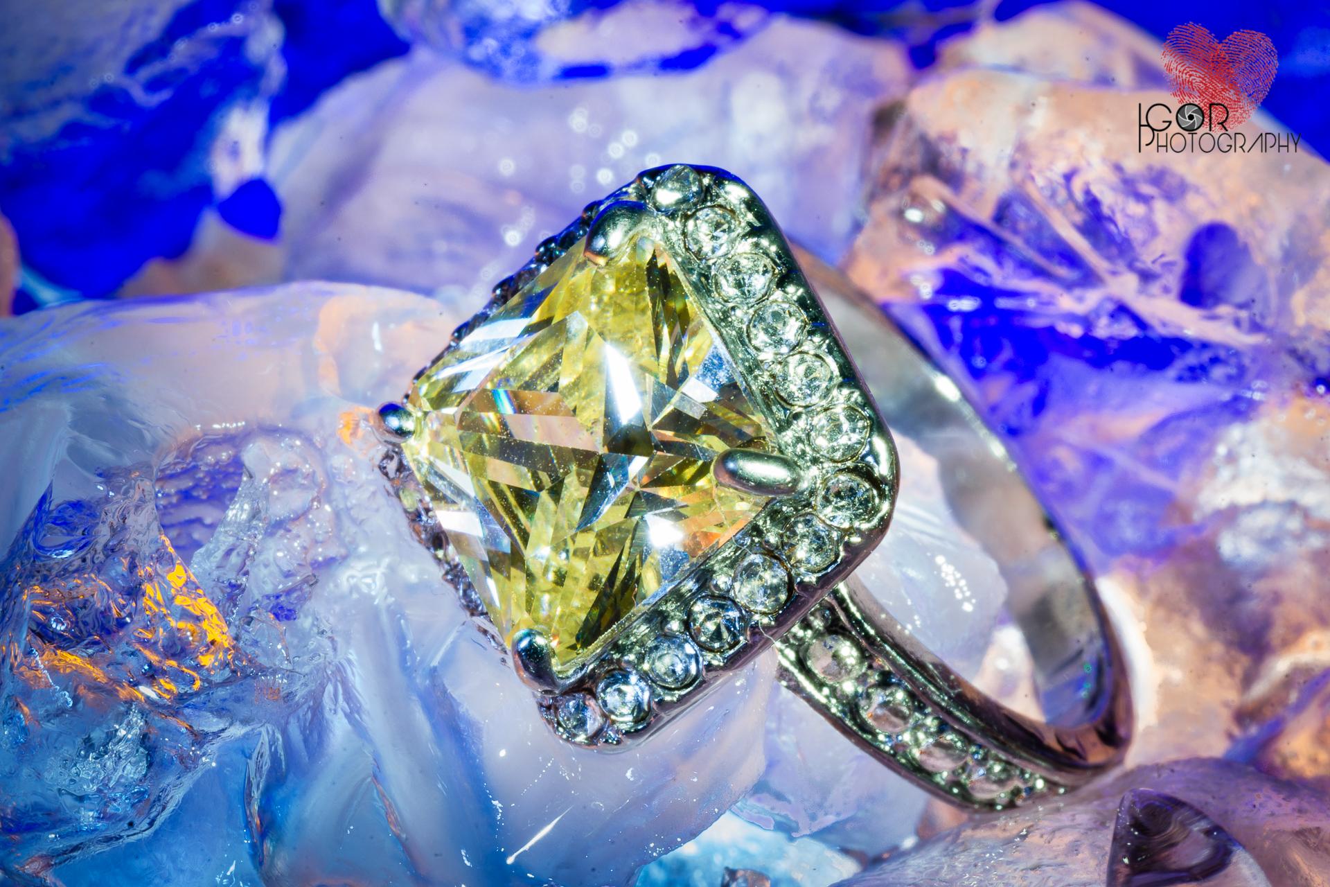 engagement ring