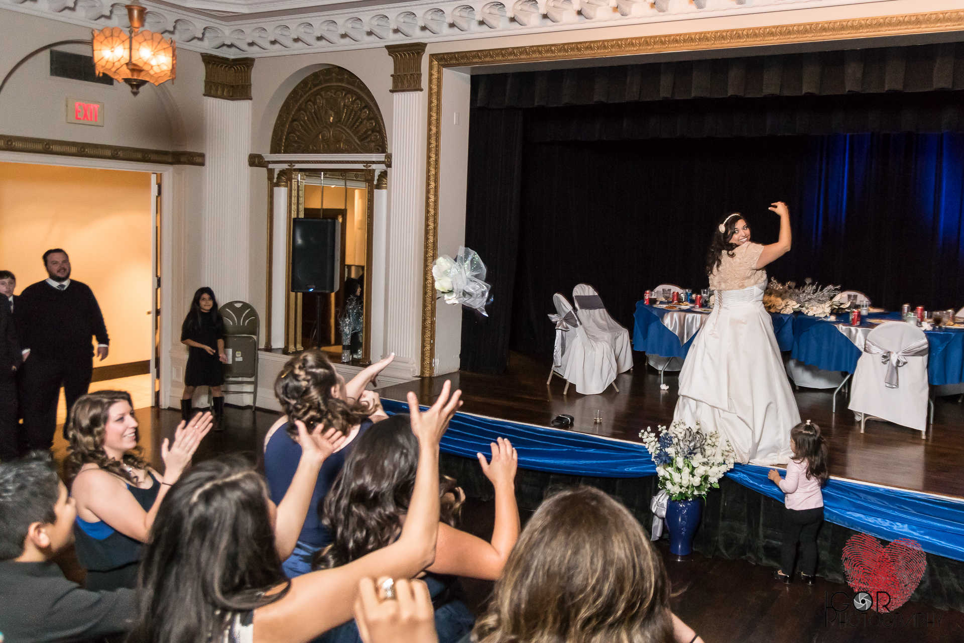 Bride buquet toss ywca
