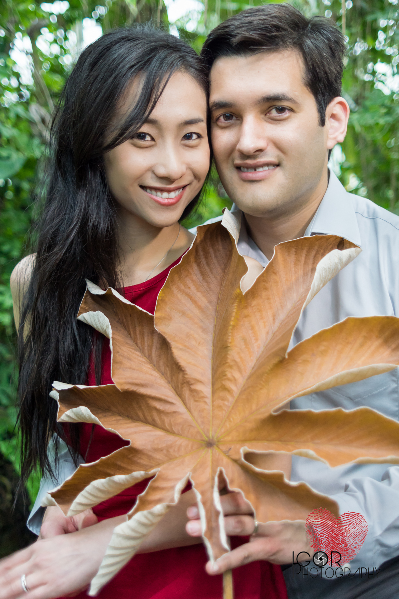 Botanical Garden engagement photographer