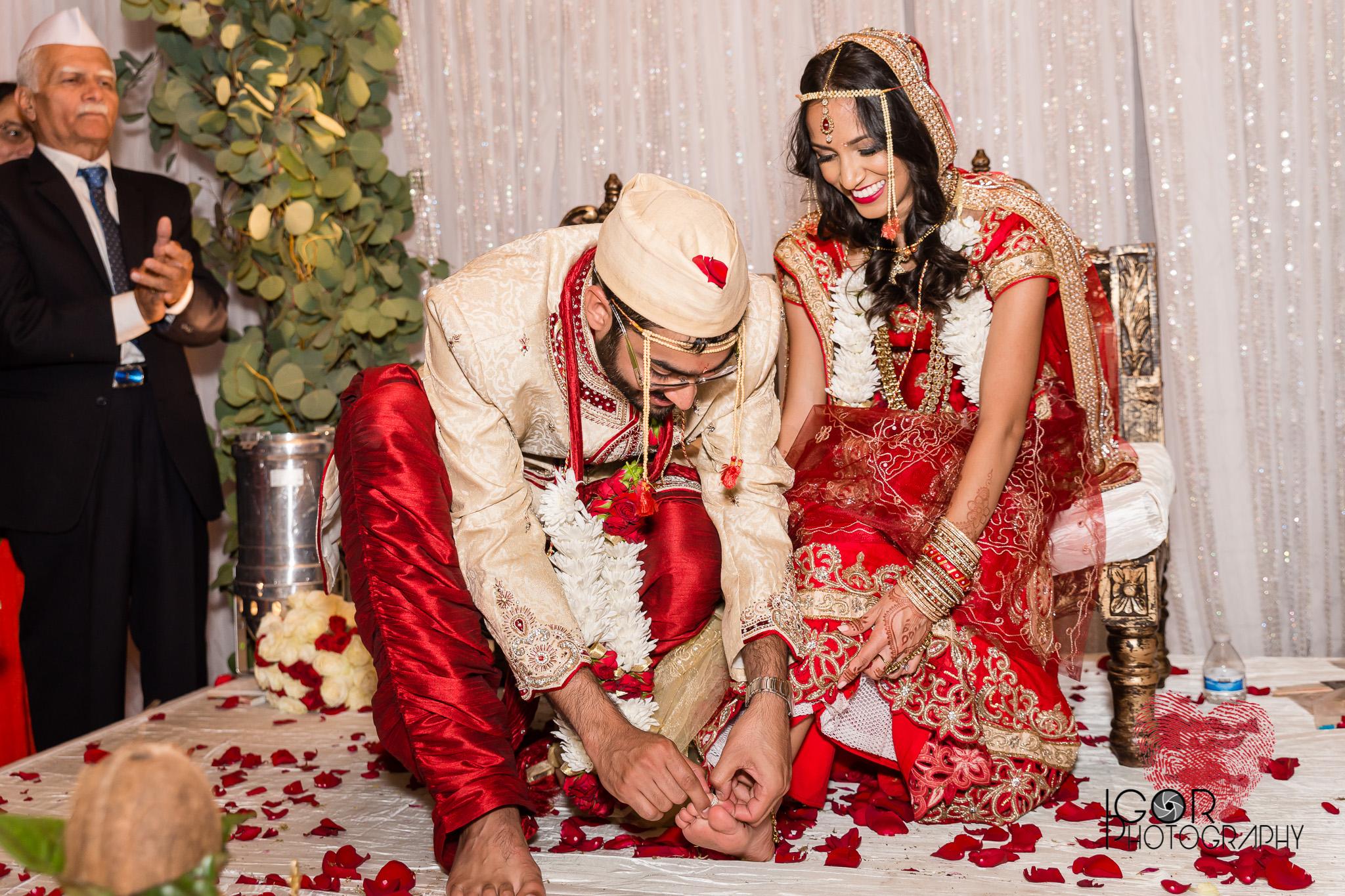 Indian wedding toe ring