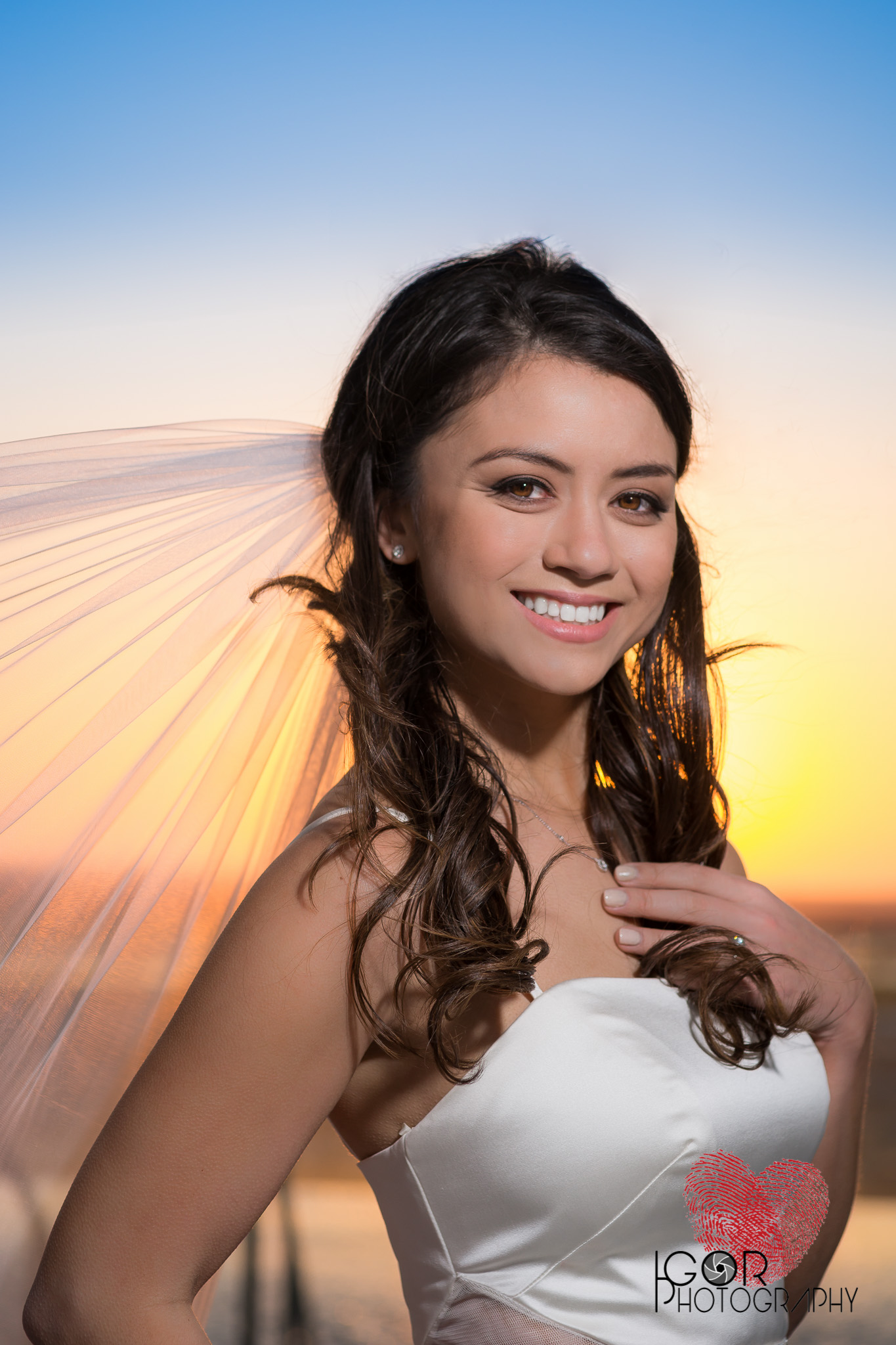 Bride sunset photos