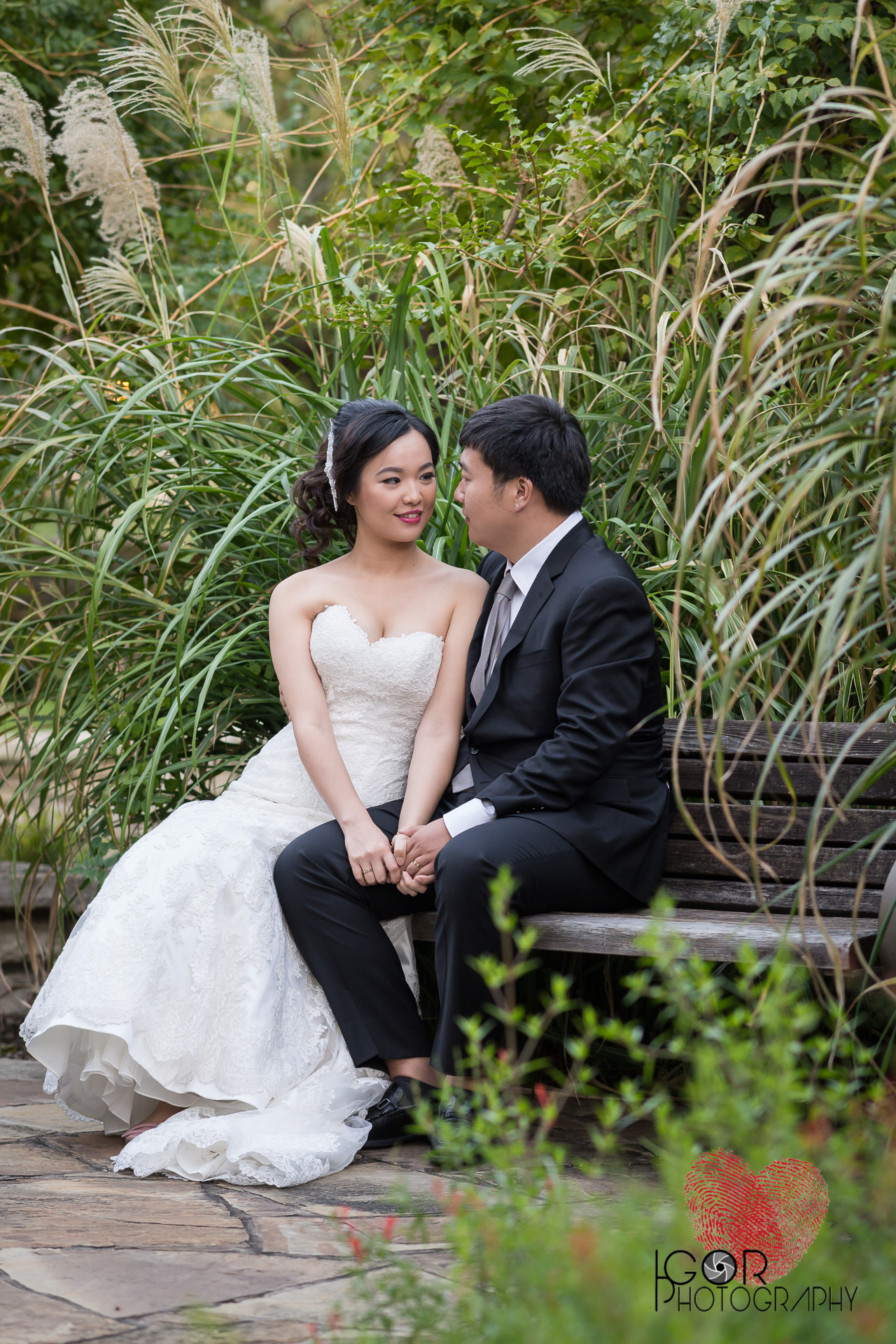 Botanic garden wedding portraits