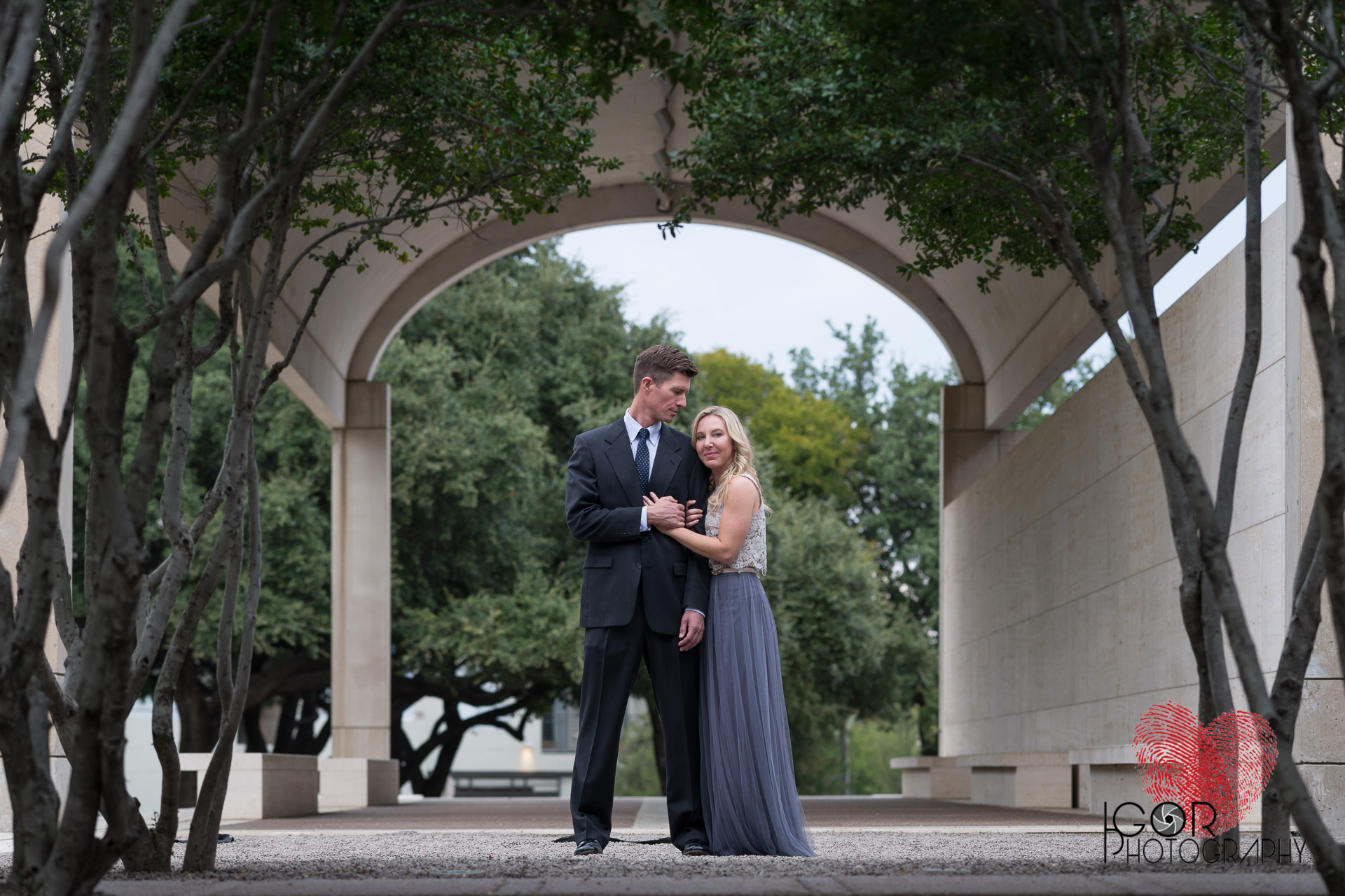 Ft Worth engaged couple