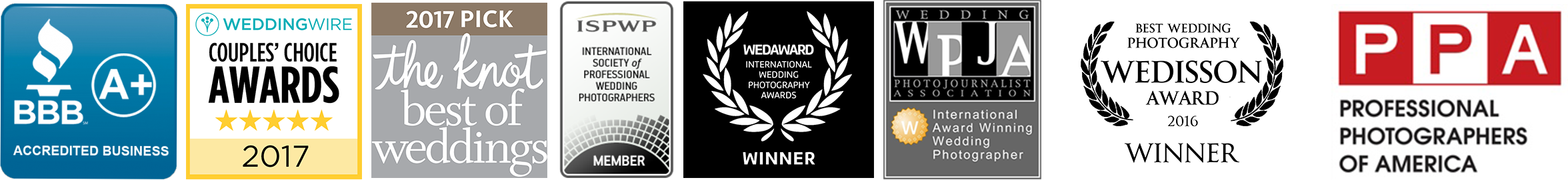 Hire an experienced, award winning and trusted wedding photographer!
