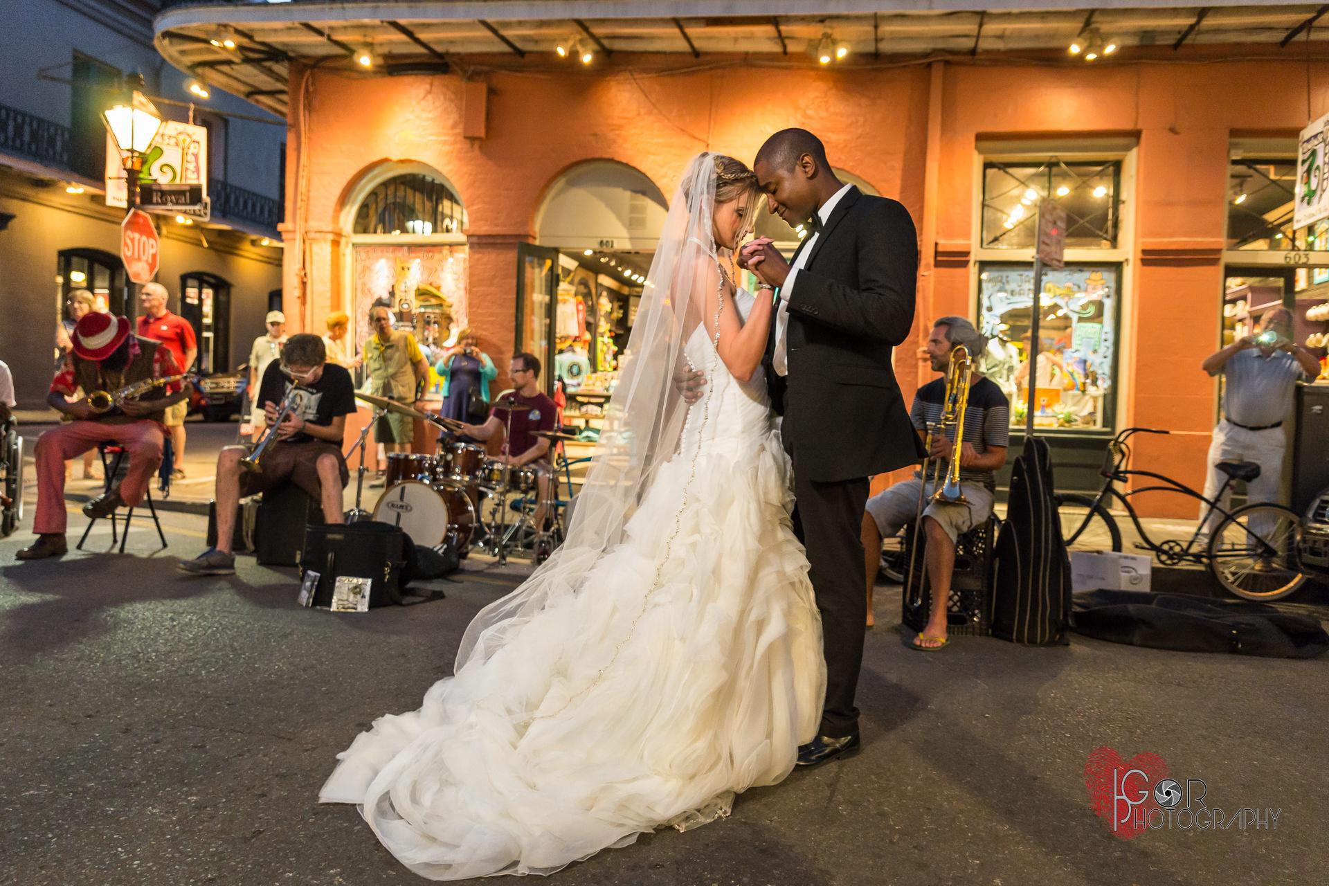 French Quarter wedding band