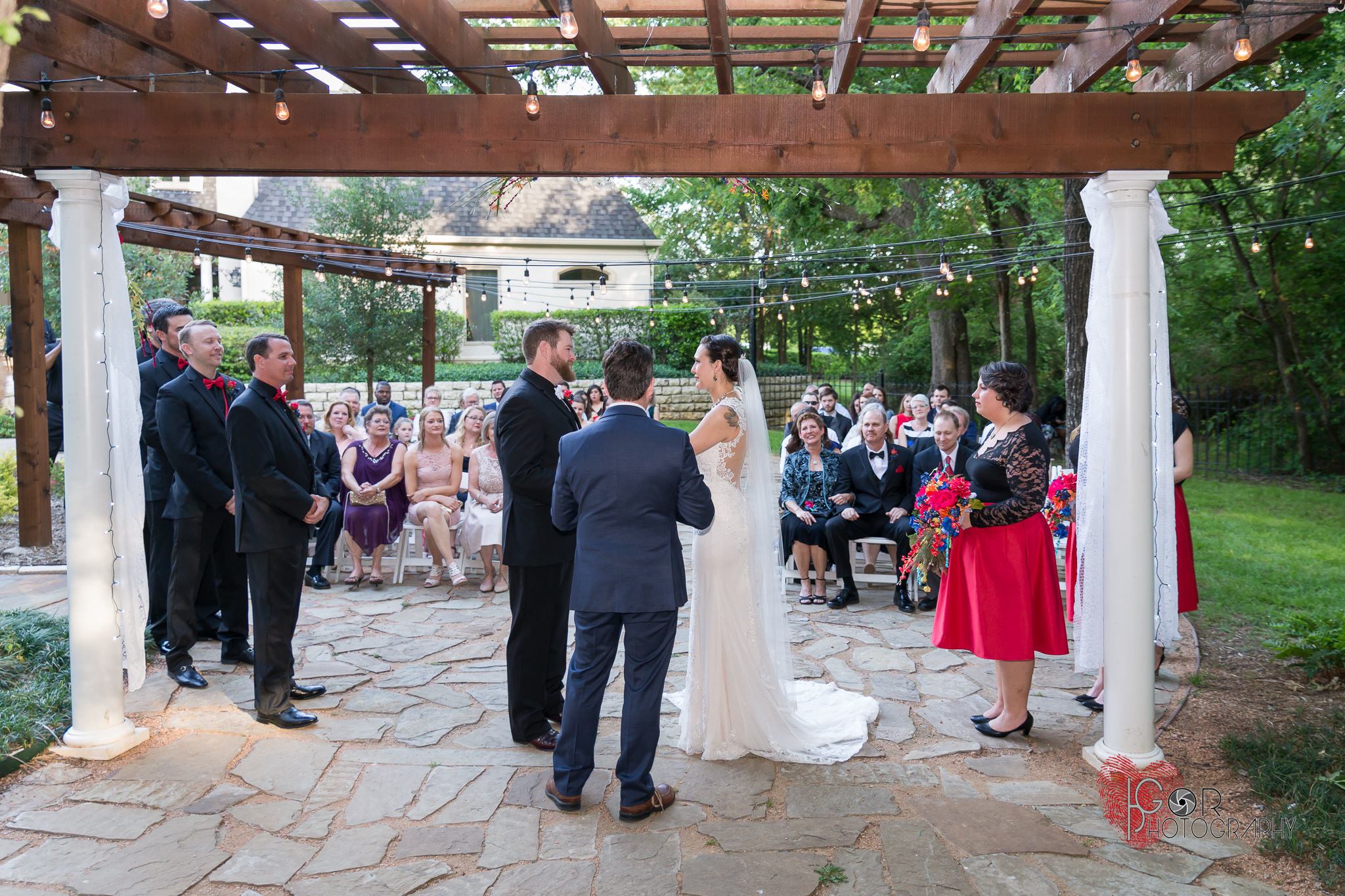 jenn-danny-wildwood inn wedding-20.jpg