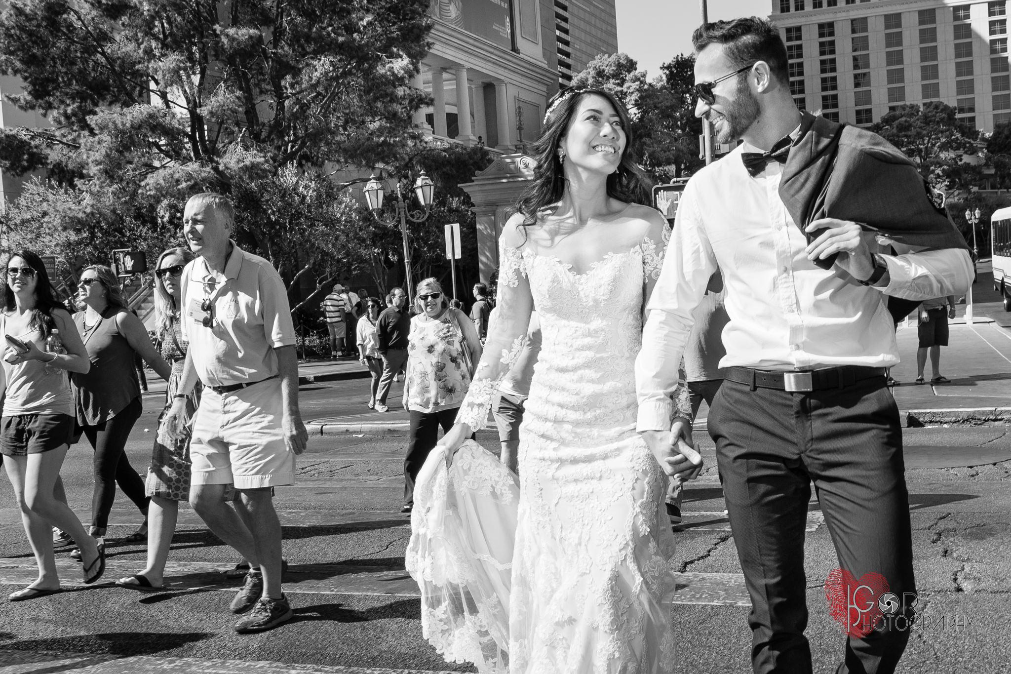 Lifestyle Candid Vegas Wedding Photography