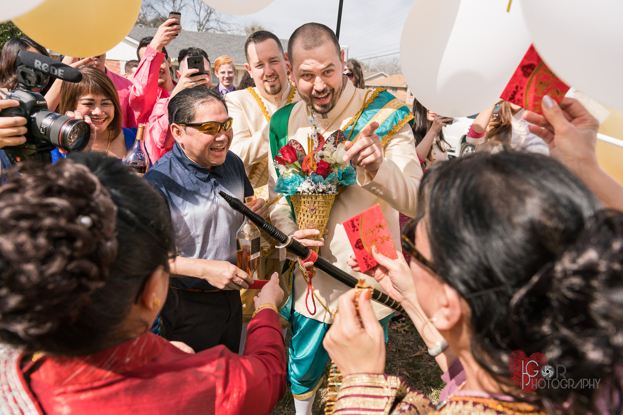 Laotian groom parade