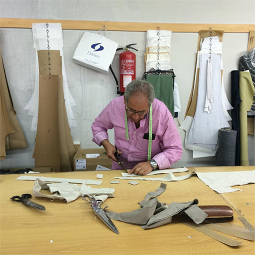 COOPERATIVA JUAN XXIII  / SPAIN   A trousers specialized cooperative factory in Toledo (Spain). Julián Muñoz is our experienced craftsman who has been making trousers for over 40 years. We are extreamly happy to count with such an amazing professional.   www.cooperativajuanxxiii.es