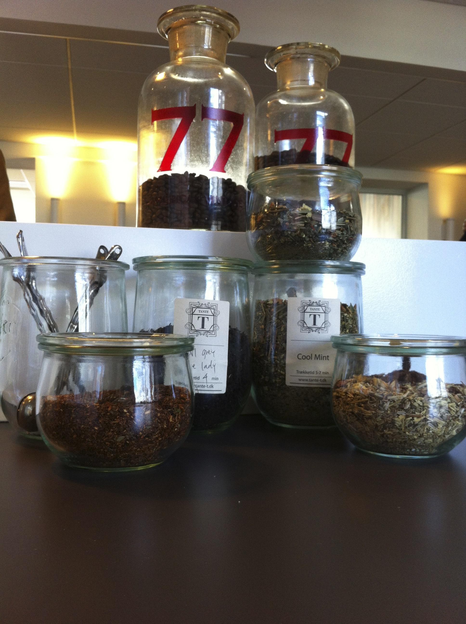 Coffee and tea lounge - no Pickwick here..