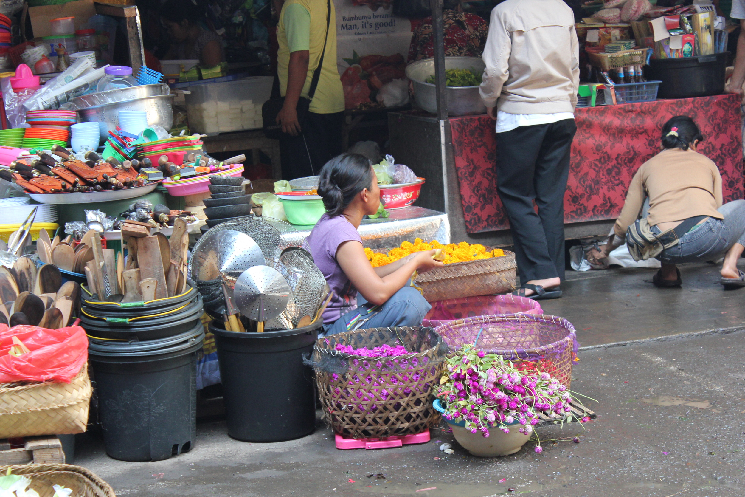 Market & Food.JPG