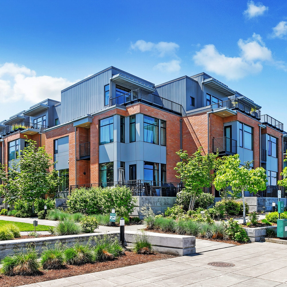 SHORELINE TOWNHOMES - Northwest Portland