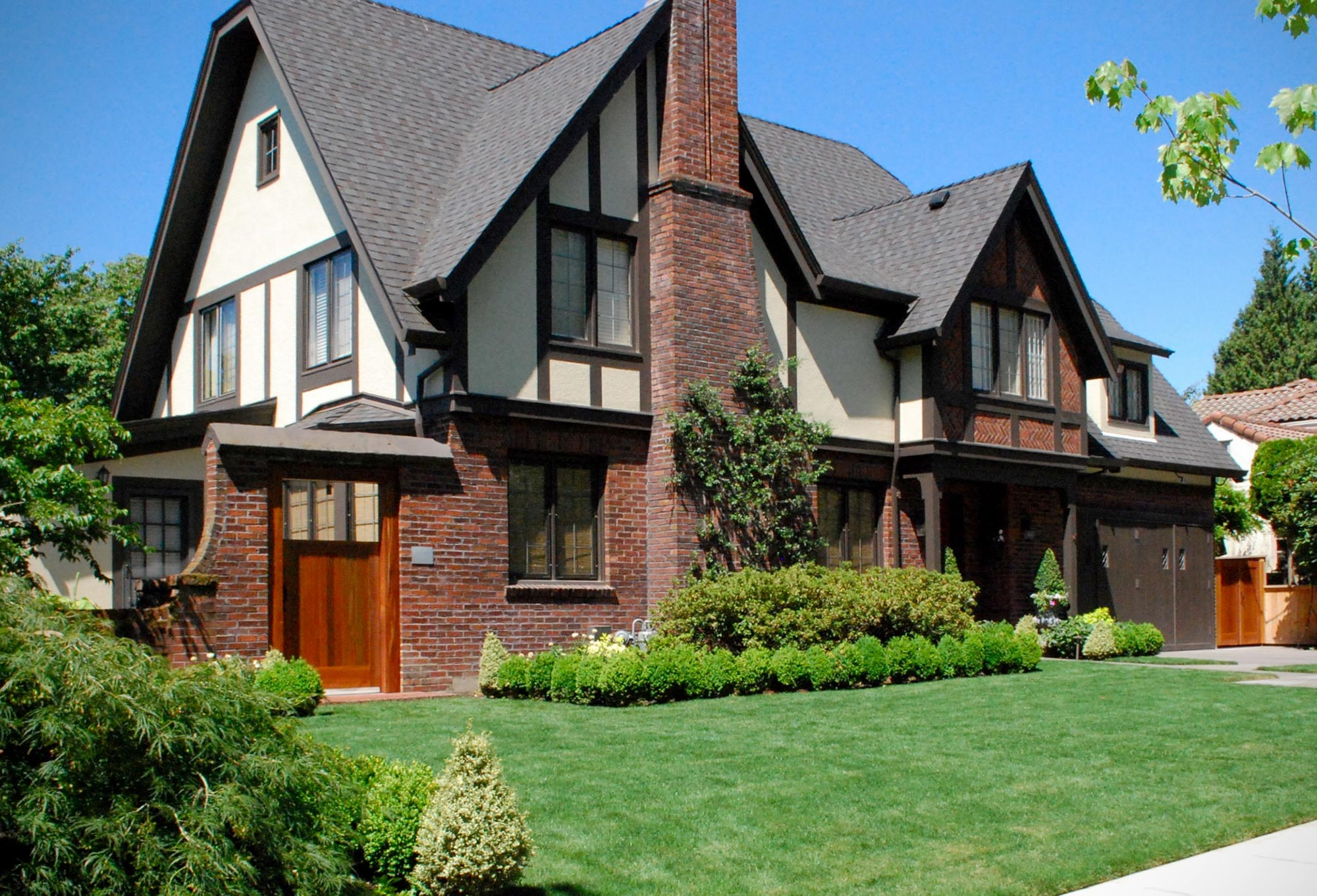 An Eastmoreland home, within walking distance of Sellwood-Moreland.