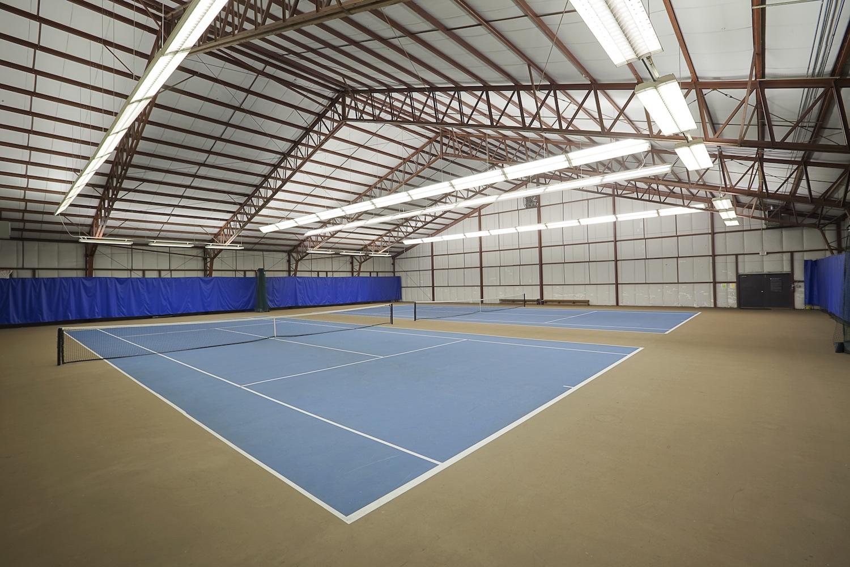 Sellwood Harbor condos indoor tennis facilities