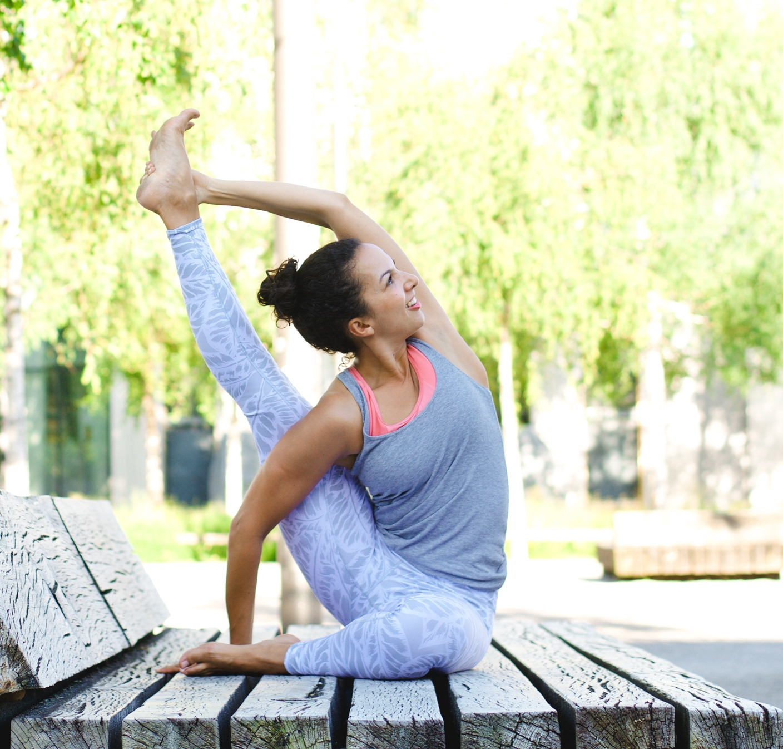 20160709-DSC_2170Pop Up Yoga.jpg