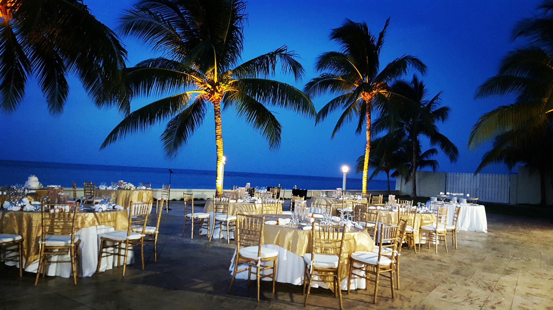 StarlighTerrace-Banquet.set up_Customize setup.jpg