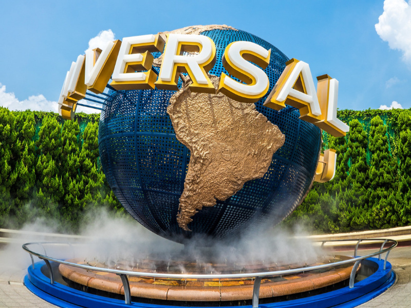 Universal Studios Vacations - Love thrills and all things Harry Potter? Then Universal is the place for you! Whether you're headed to Florida or California, Universal offers an adventure for everyone.Learn more >