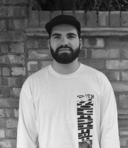 NAME:  MAX  CURRENTLY LIVING:  LONDON  ROLE:  WRITER   FAVOURITE CLUB:  CORSICA  FAVOURITE ARTIST:  LOU KARSH  DJS:  FANTASTIC MAN & LARRY HEARD   FEATURES