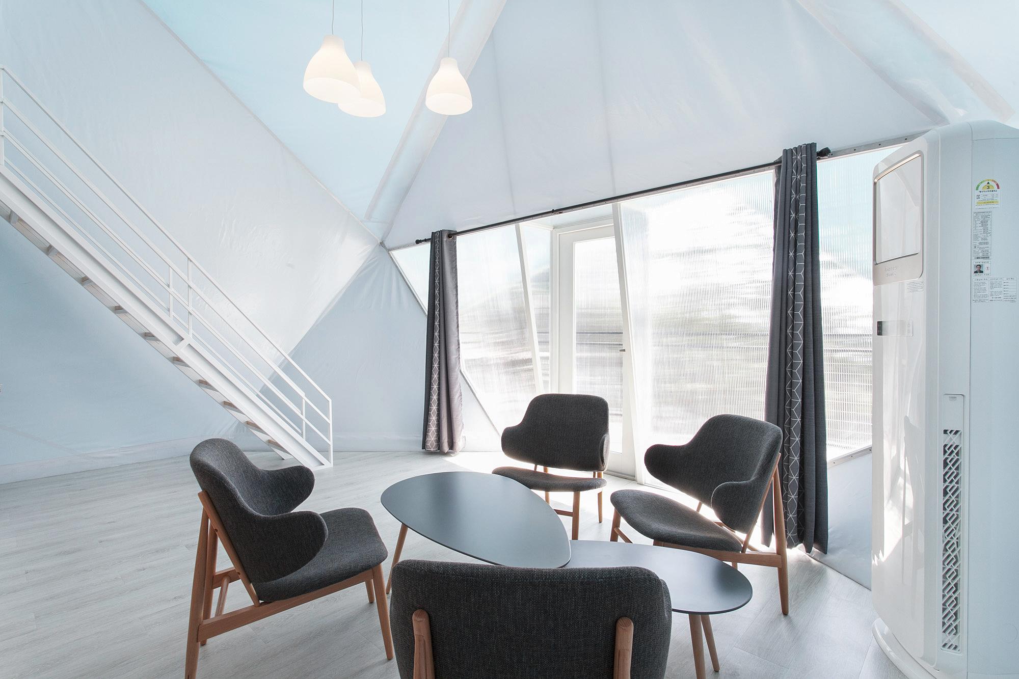 atelierchang_glamping_interior_cutent.jpg
