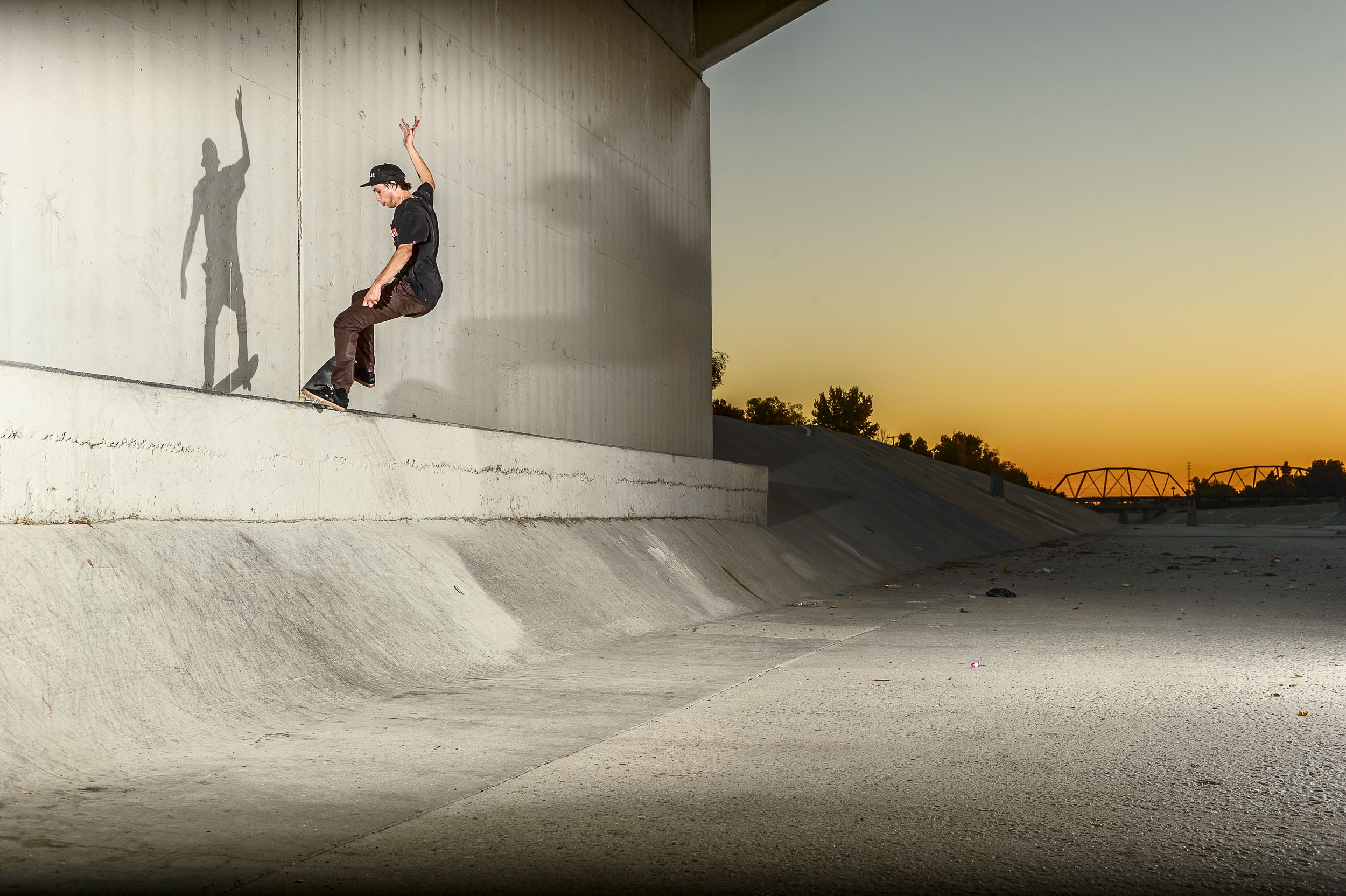Charles_Deschamps_180Fakie5-0180_Flash.jpg