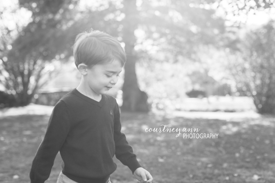 fairfield_county_park_family_session_big_brother_black_and_white