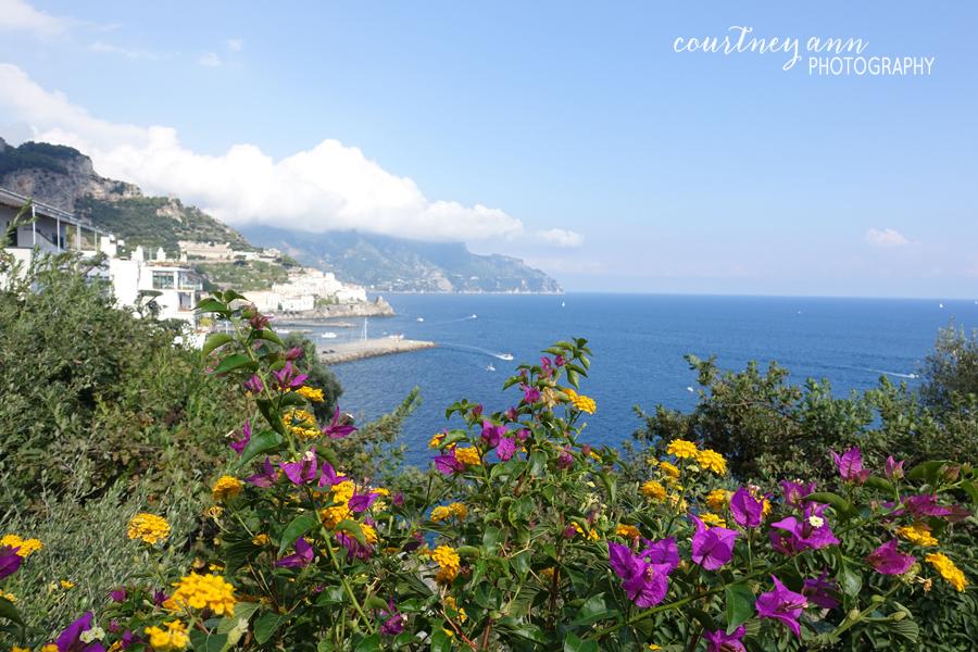 honeymoon_italy_amalfi_town_view