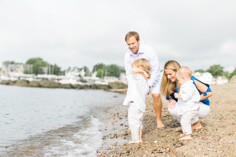 Fairfield-County-Darien-Pear-Tree-Point-Beach-Family-Photography-Natural-Light