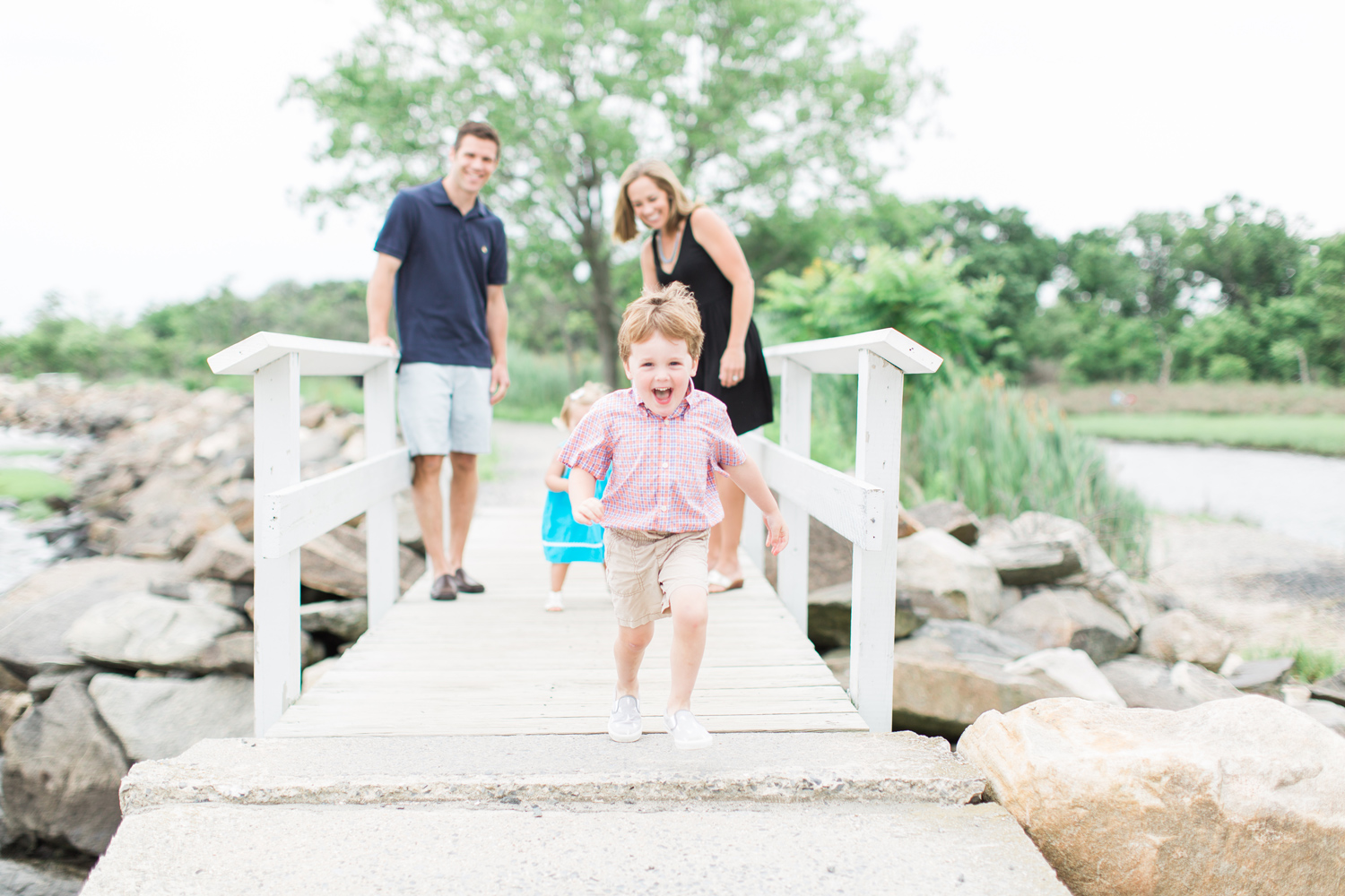 Fairfield-County-Greenwich-Tod's-Point-Beach-Family-Photography-Natural-Light-Kids