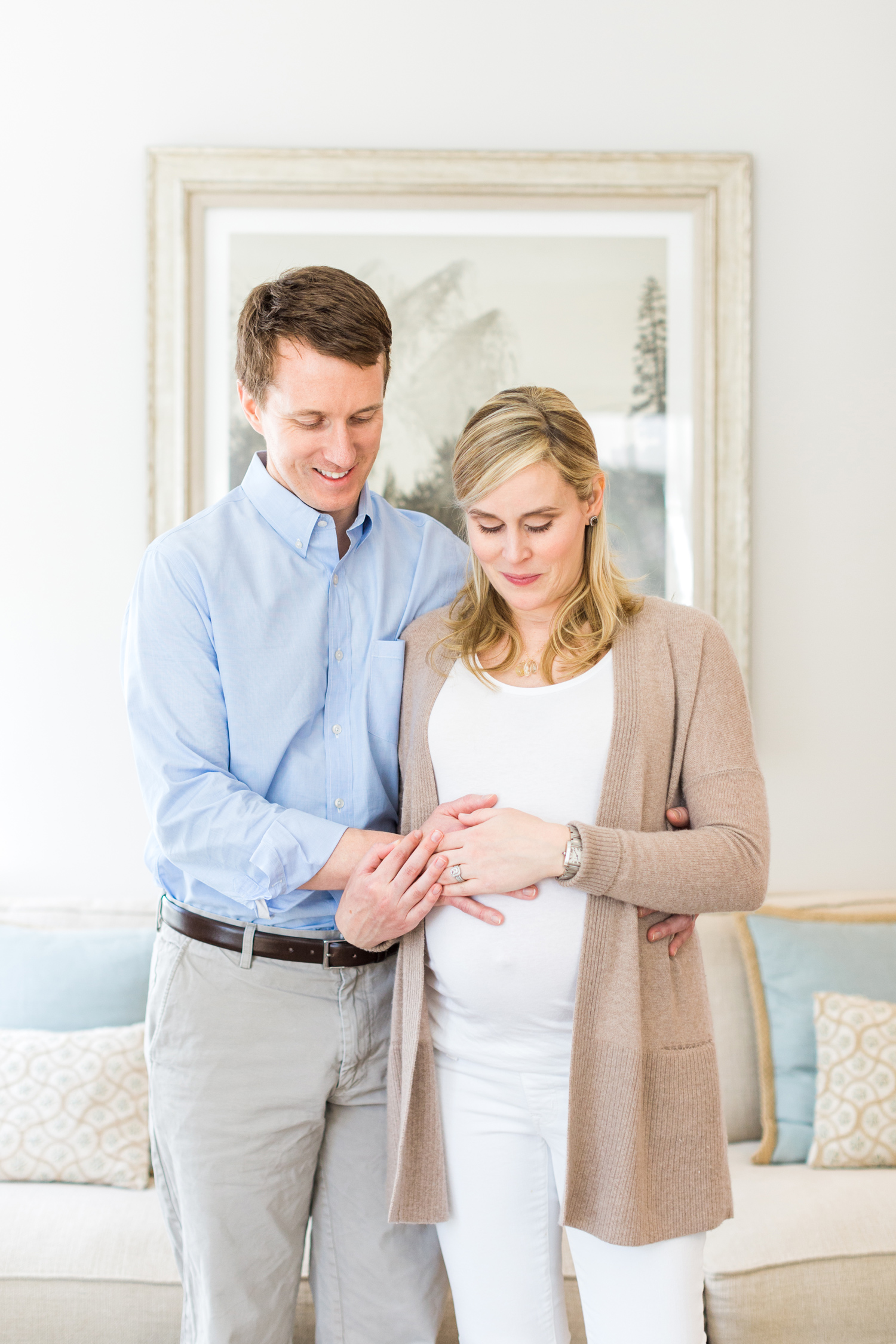 fairfield-county-maternity-at-home-greenwich-family-photography-mom-dad