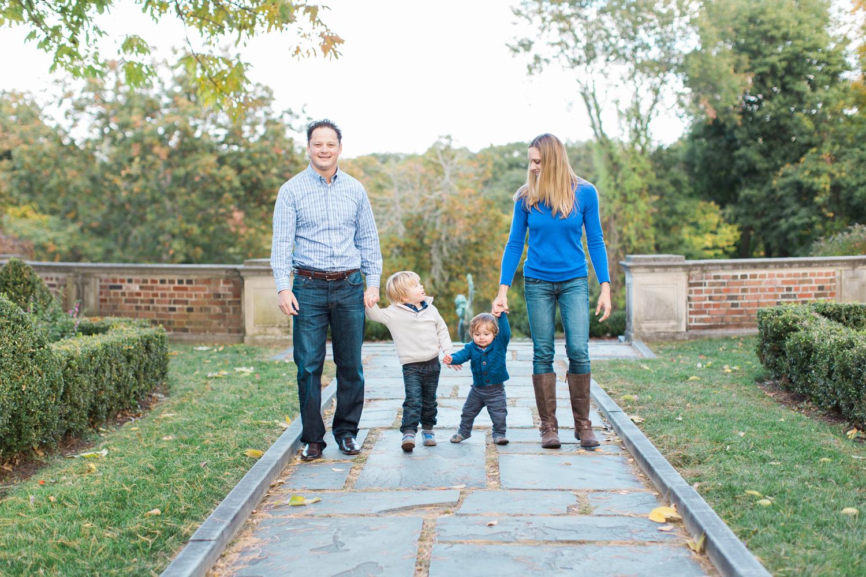 012-Fairfield-Connecticut-New-Canaan-Outdoor-Family-lifestyle-Photography-Waveny-Park.jpg