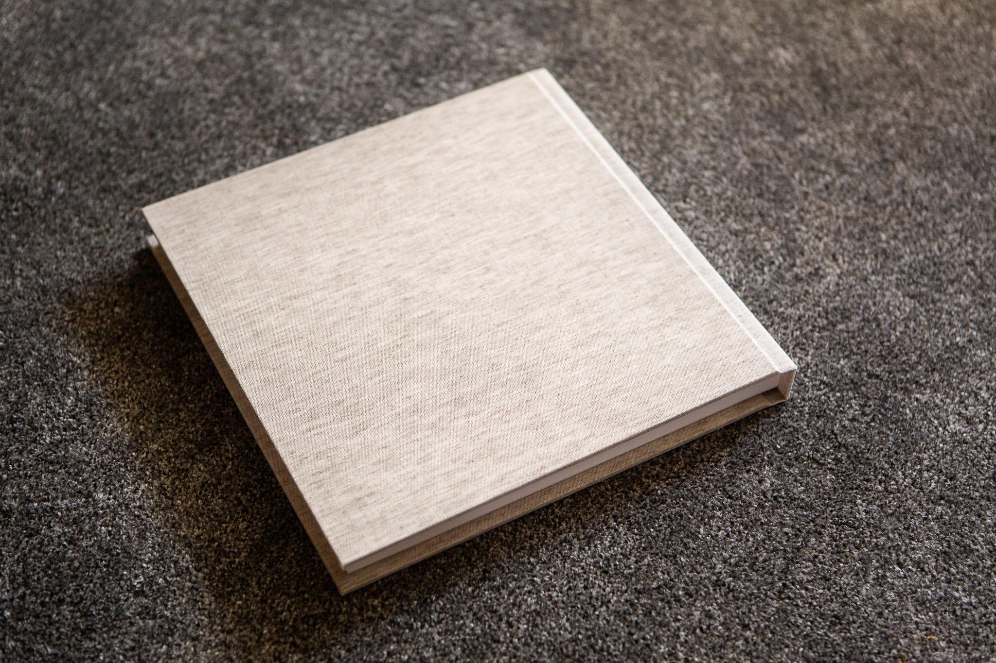 fineart-rawlinen-30x30-11.jpg