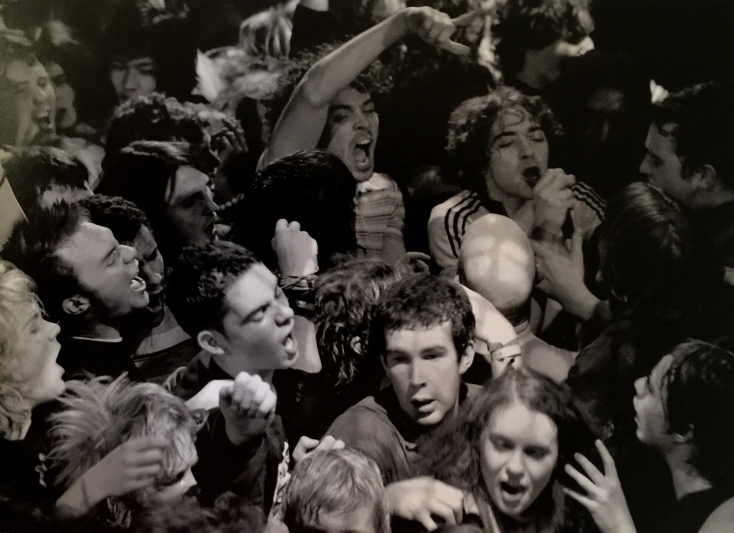 Lond_Birth_of_a_Cult_Hedi_Pete_Dorety_Crowd.jpg