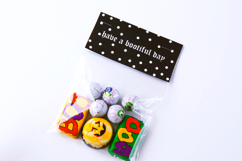 Have a Bootiful Day DIY Halloween Candy Bag Toppers Printable