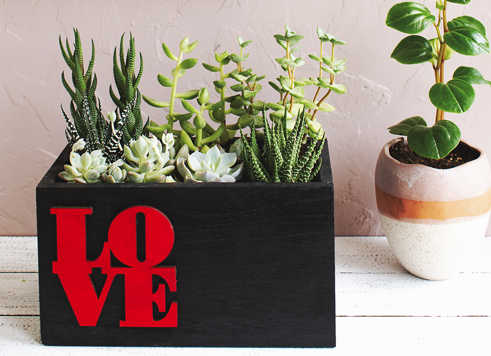 Love Planter via A Charming Project